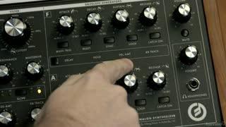21. Amp Envelope Alt. Controls
