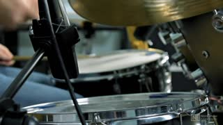 5. Snare Top
